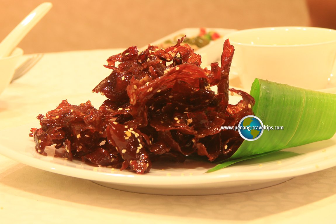 Sweet Crispy Sliced Beef with Dried Red Chili in Szechuan Style