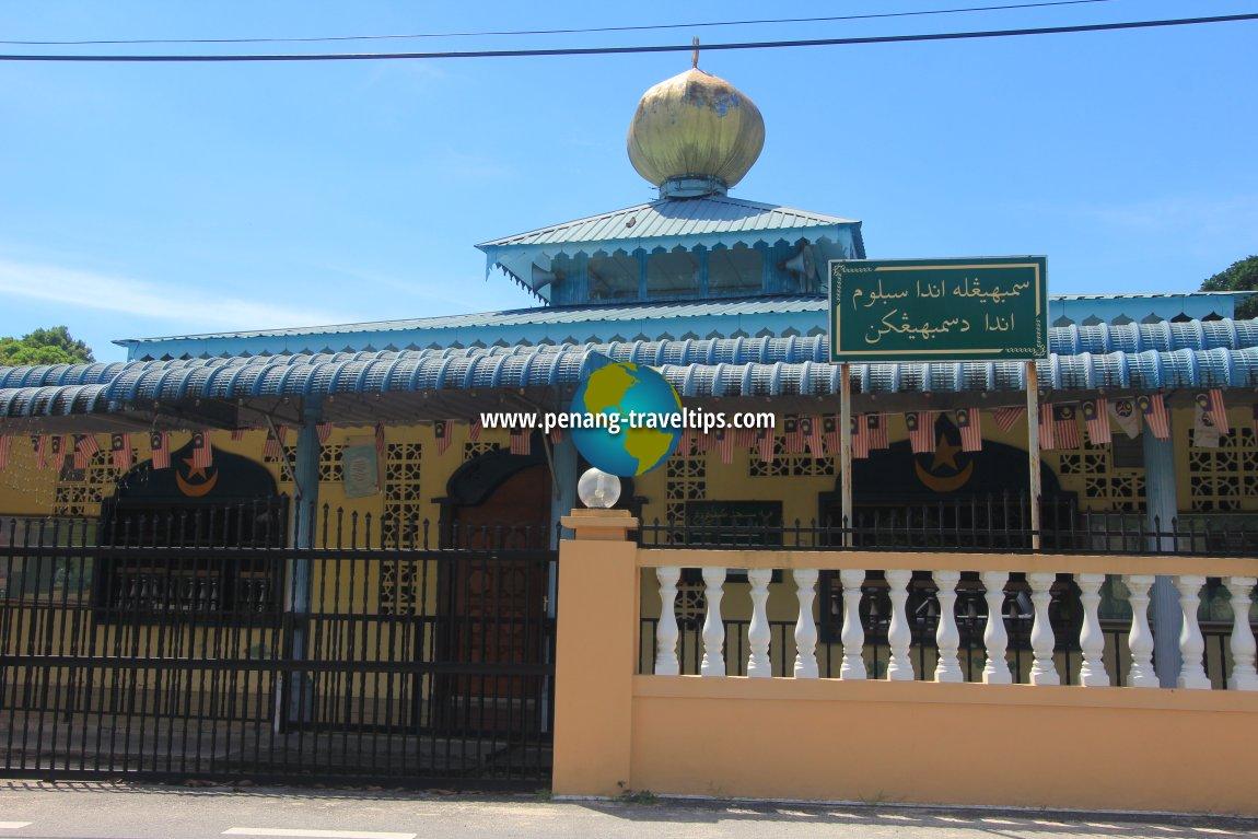 Masjid Kampung Terang, Balik Pulau