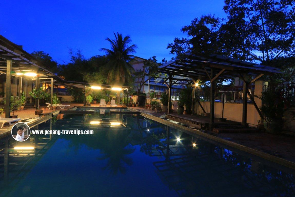1926 Heritage Hotel swimming pool