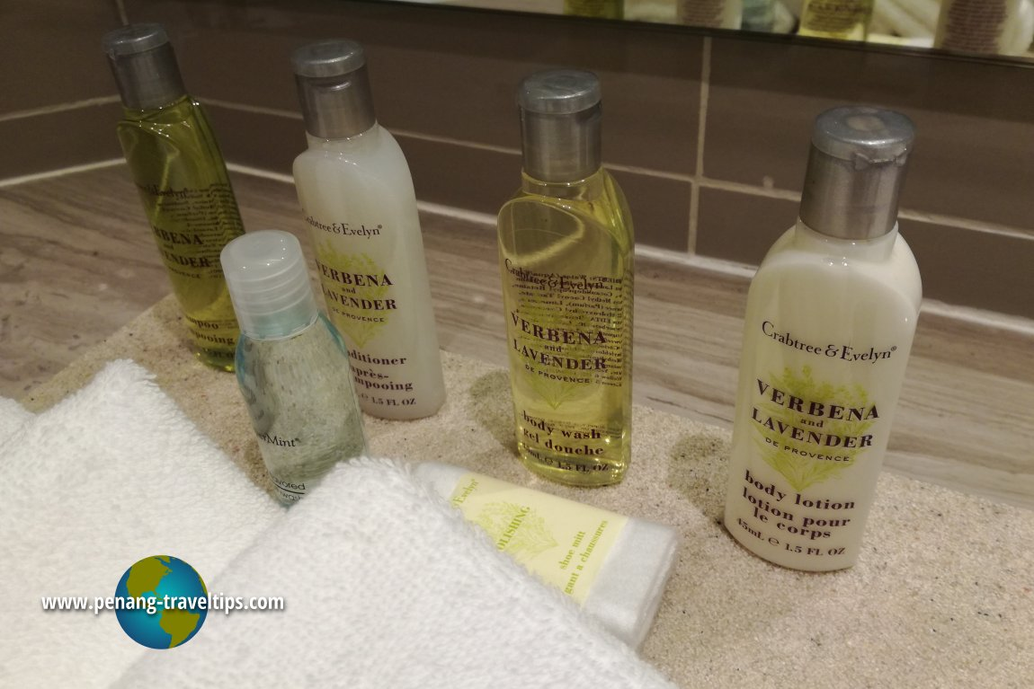 Crabtree & Evelyn toiletries in all Doubletree rooms