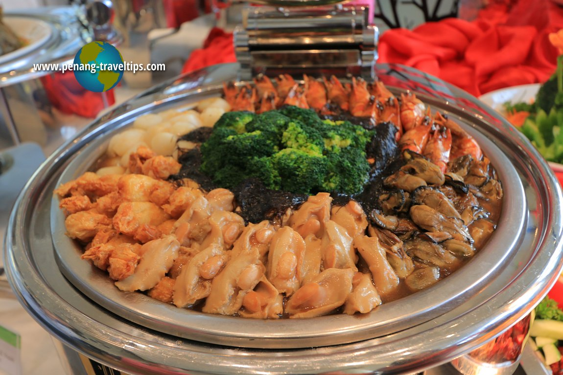 Eastin Hotel Penang's Chinese New Year Food Review