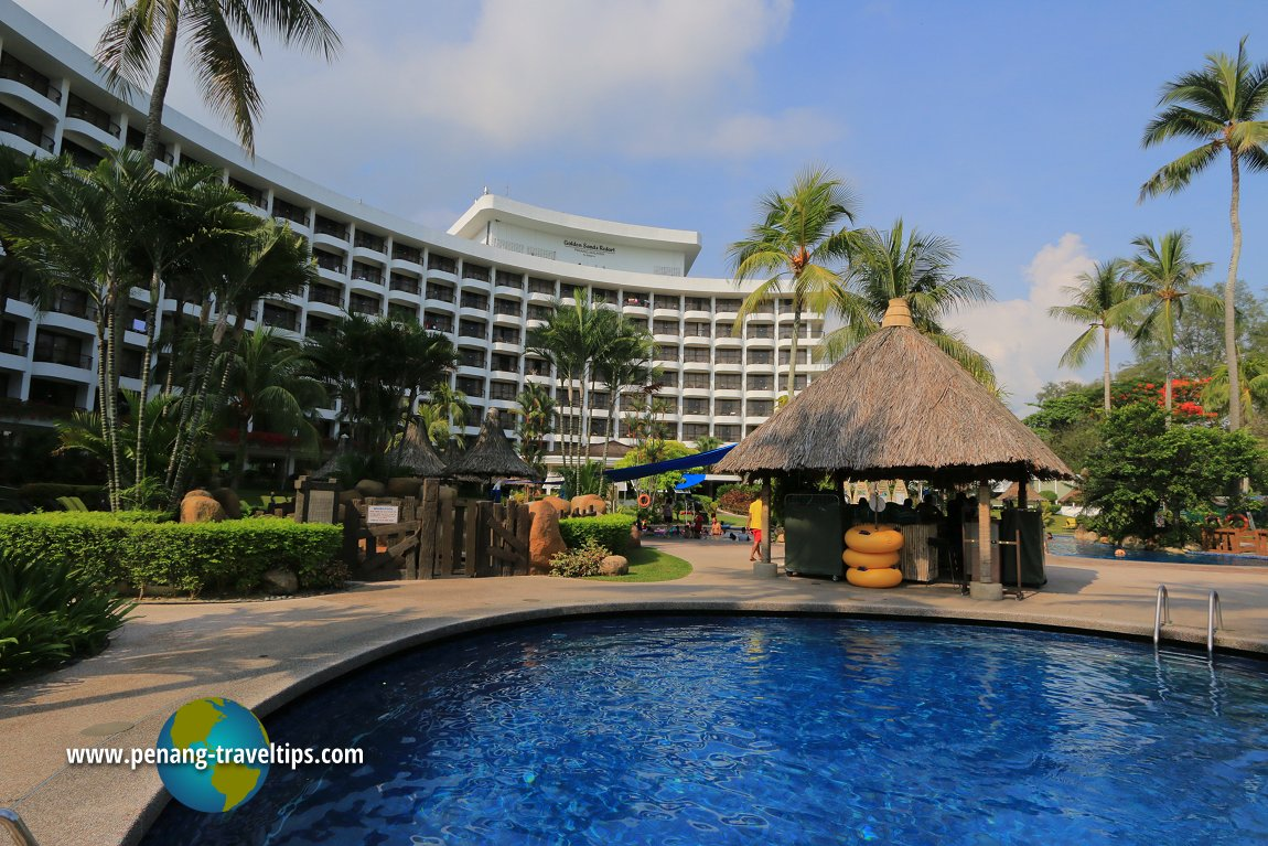 Golden Sands Resort swimming pool