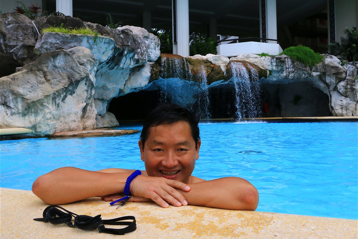 Hotel Equatorial Penang's swimming pool