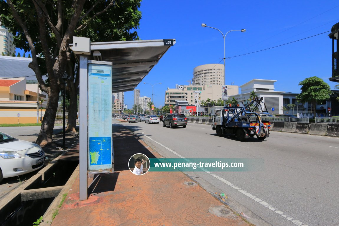 Bus stop on Jalan Tanjong Tokong