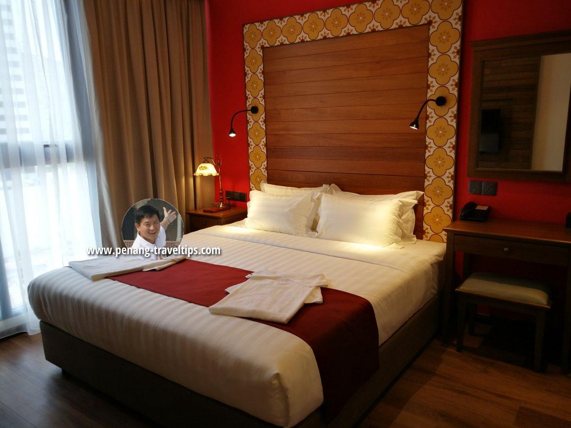 Bedroom, Baroque Suite, M Summit 191