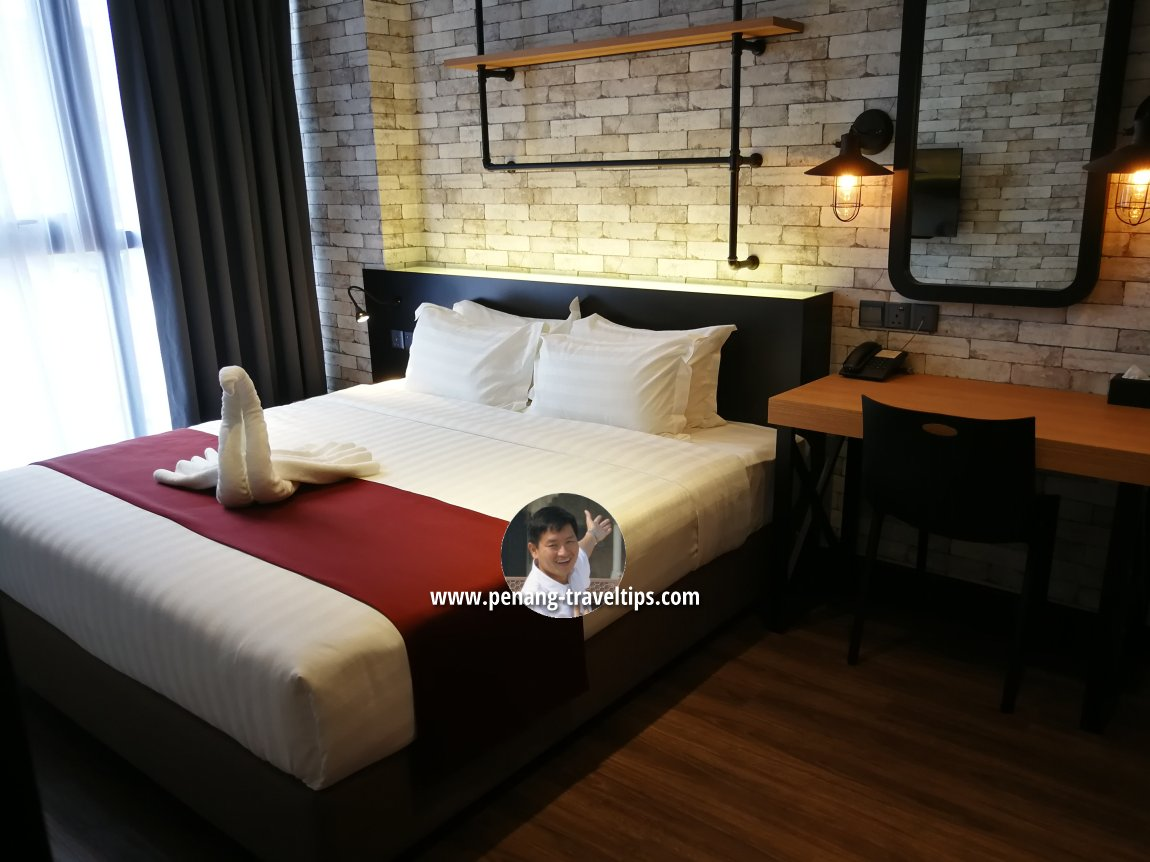 Bedroom, Classic Business Suite, M Summit 191