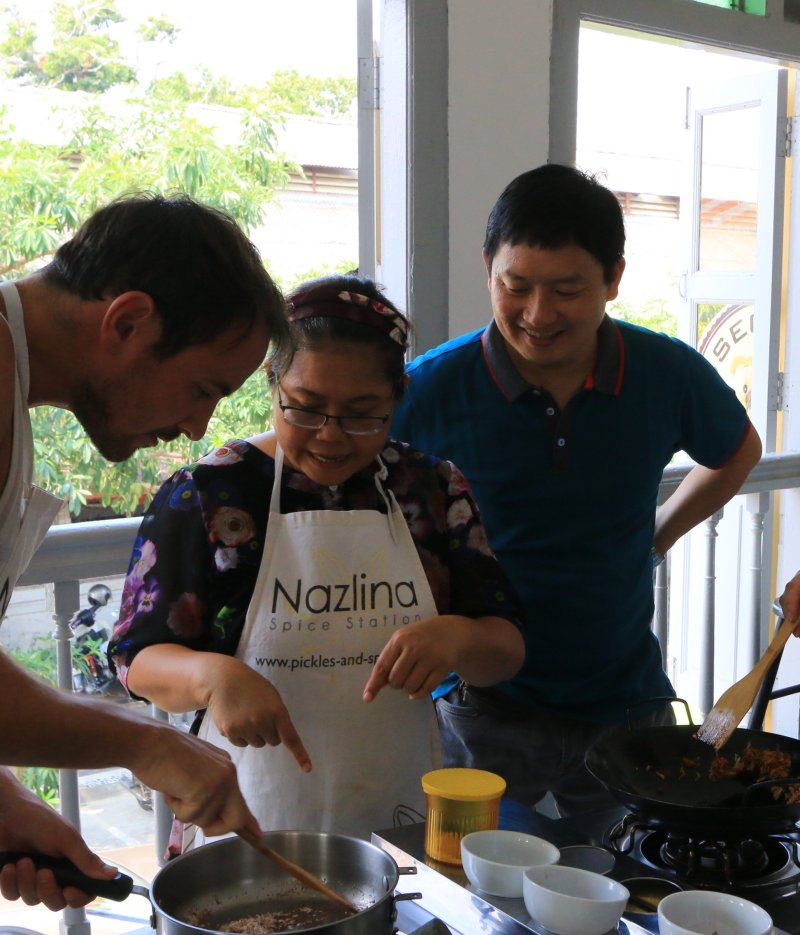 Nazlina Hussin's cooking class