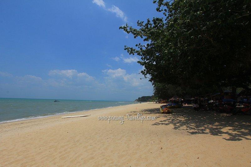 Batu Ferringhi beach behind Lone Pine Hotel