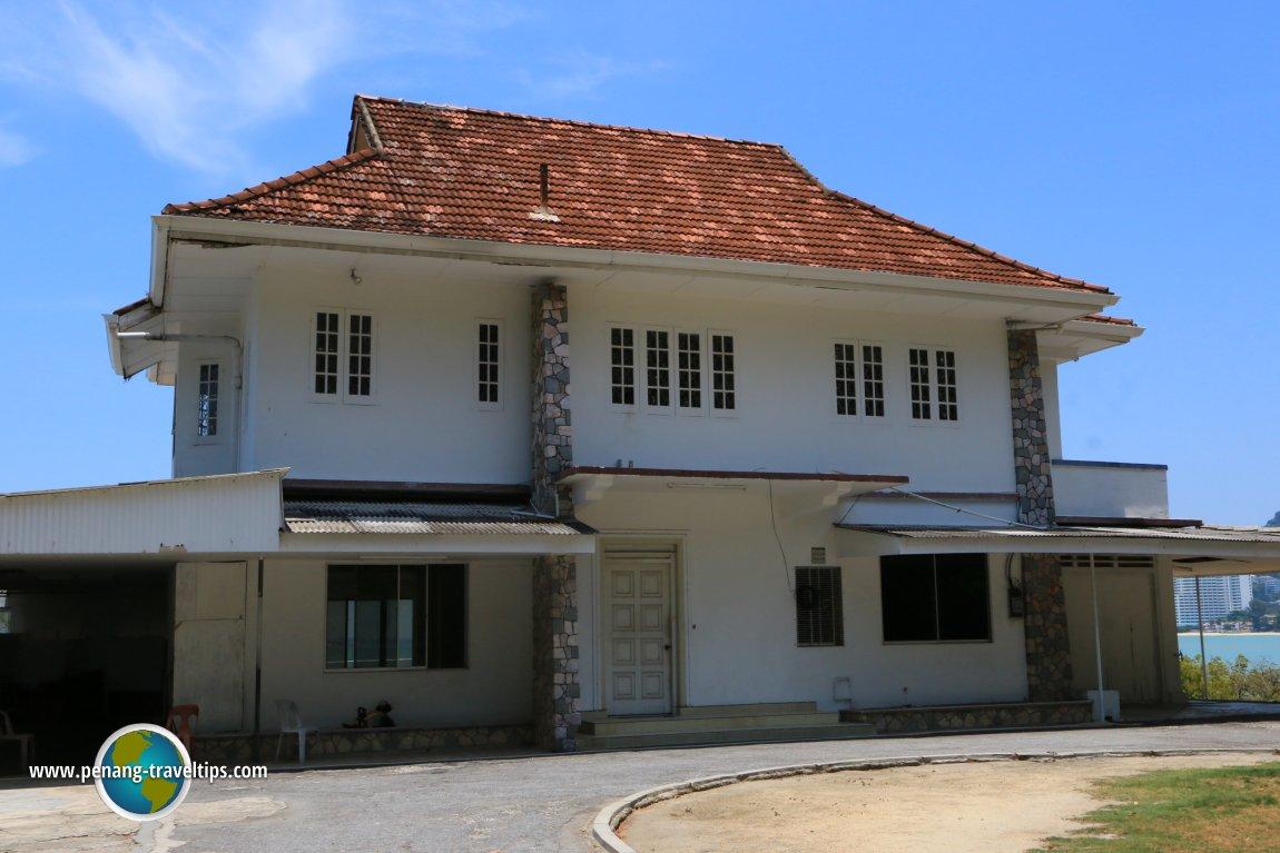 Boon Siew Beach Villa