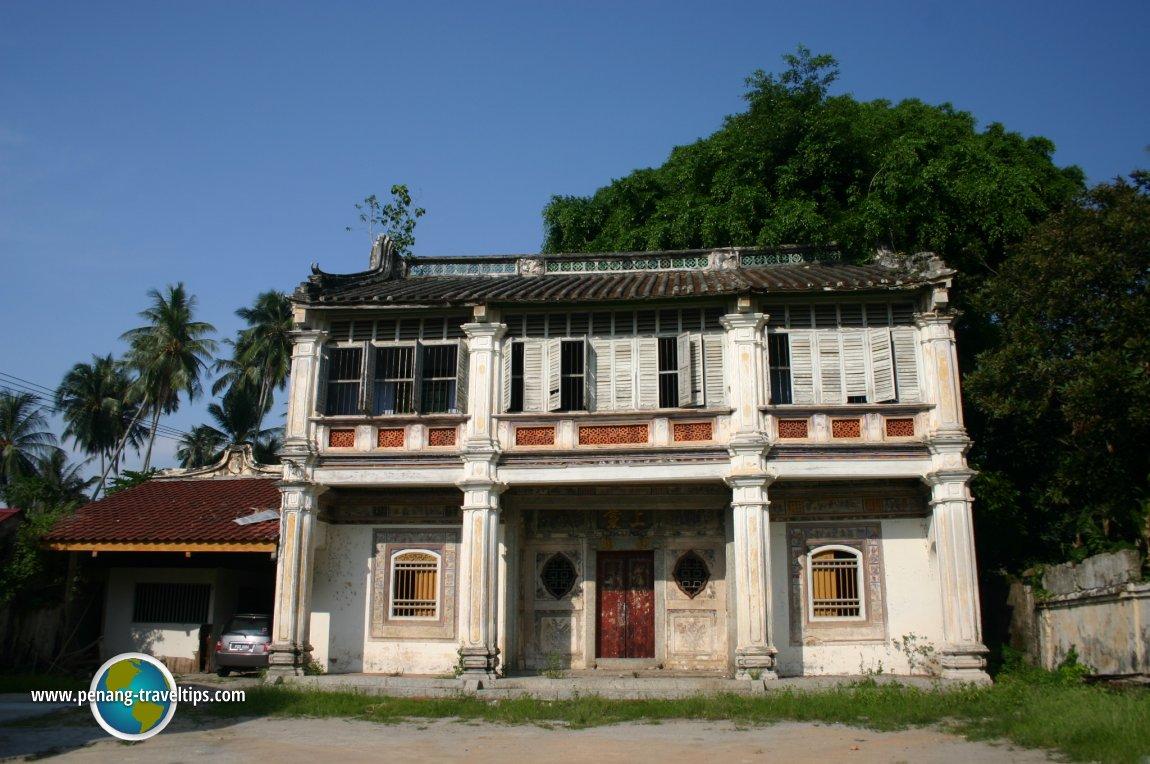 Chinese manor house in Bukit Tambun