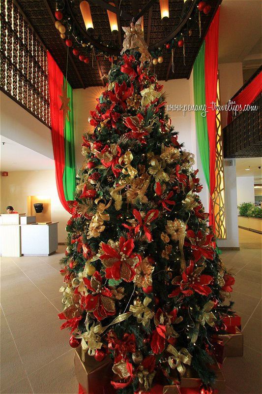 Christmas tree at Golden Sands Resort