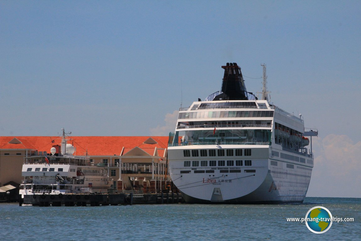Cruise ship at Swettenham Pier