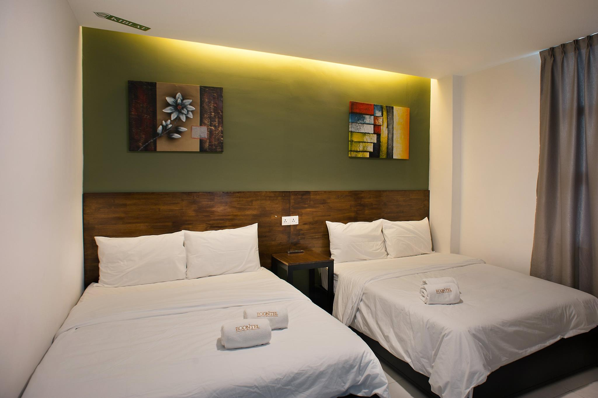 Double Deluxe Room, Econtel