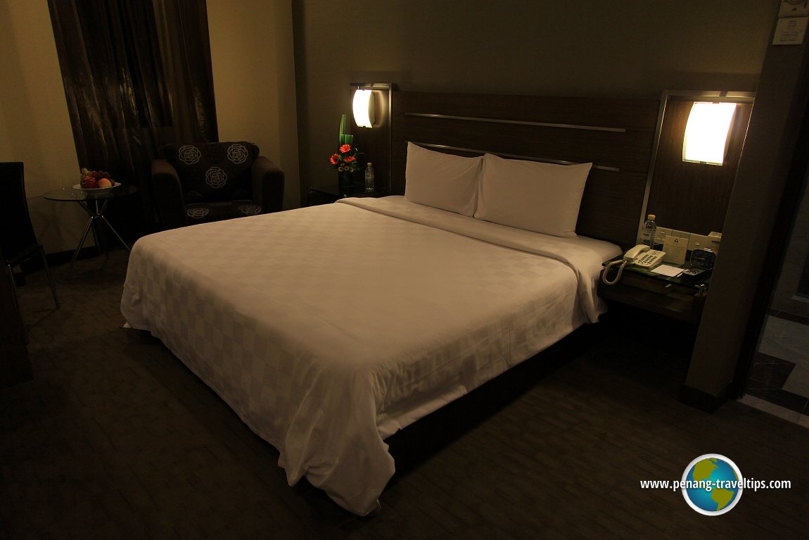 Bedroom at the Executive Suite, Cititel