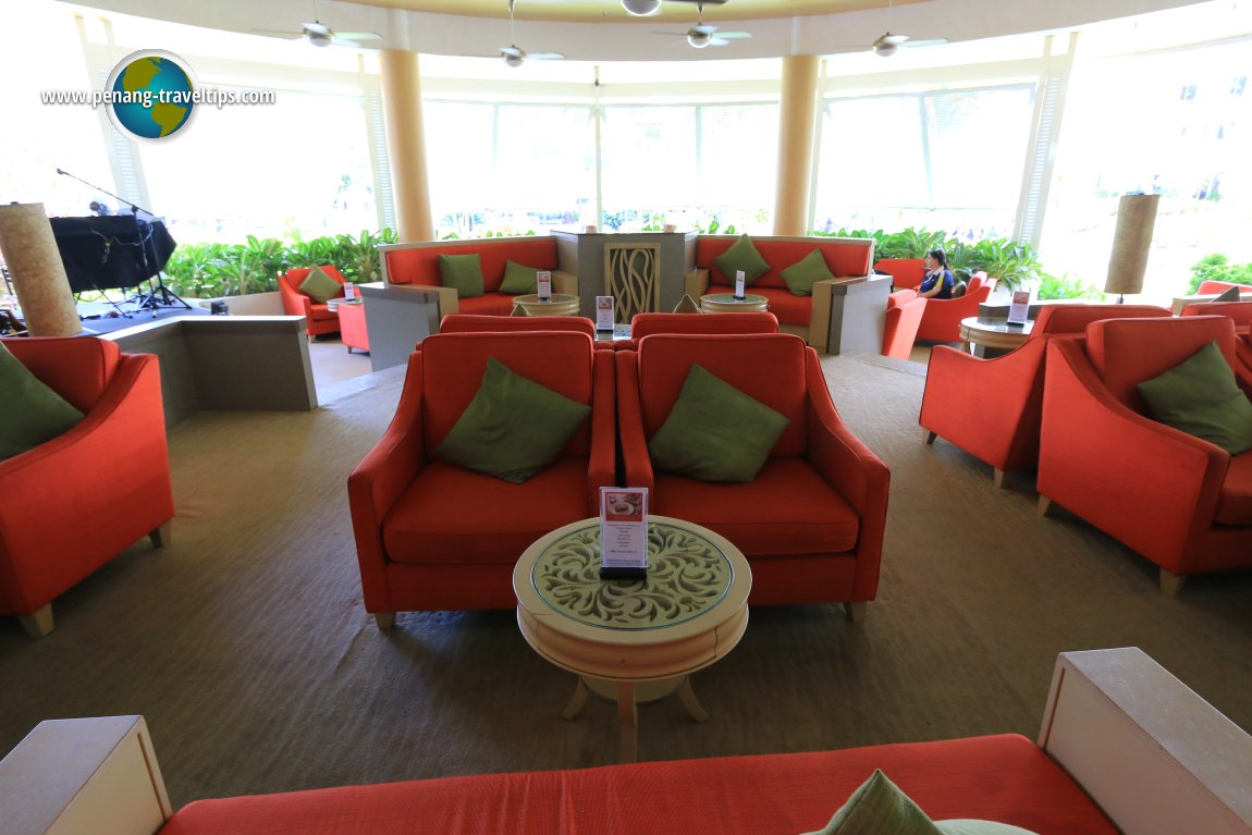 Lobby lounge at Golden Sands Resort