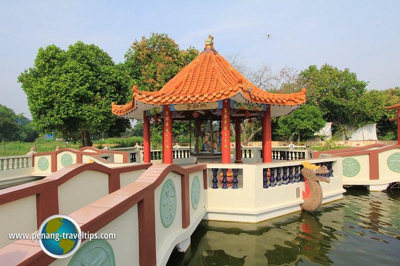Hai Dong Ma Temple
