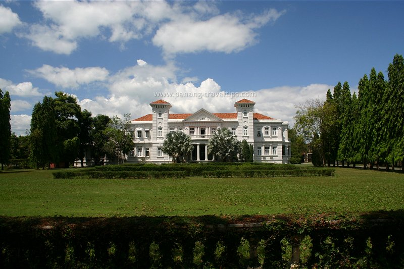 Homestead, before the construction of the Wawasan Open University campus
