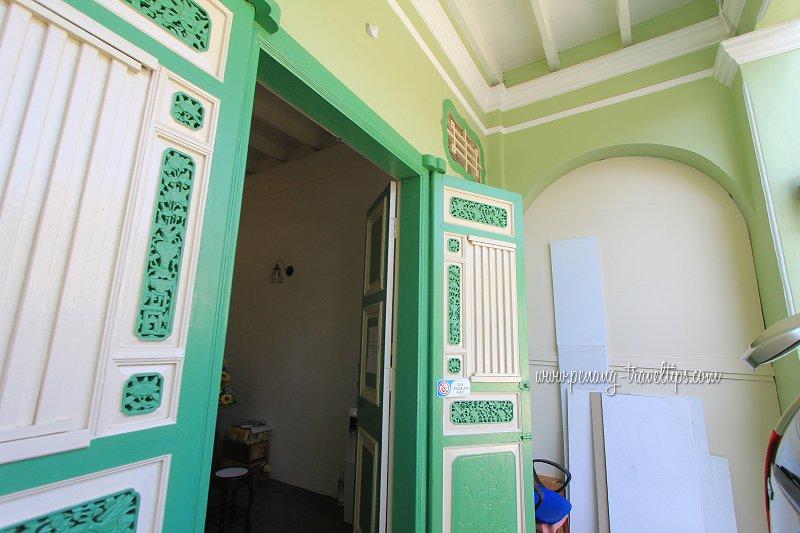 Front door, Homie Delights Guesthouse