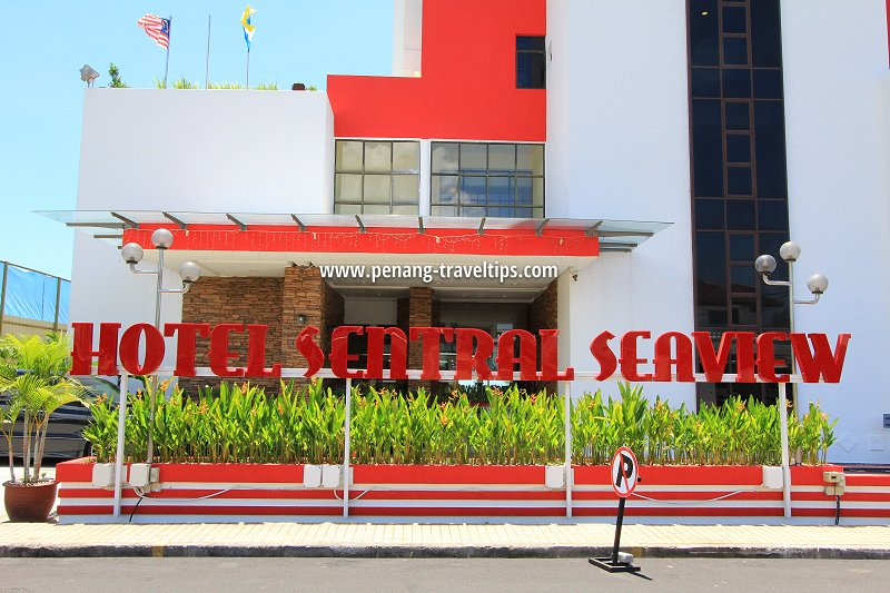 Hotel Sentral Seaview entrance