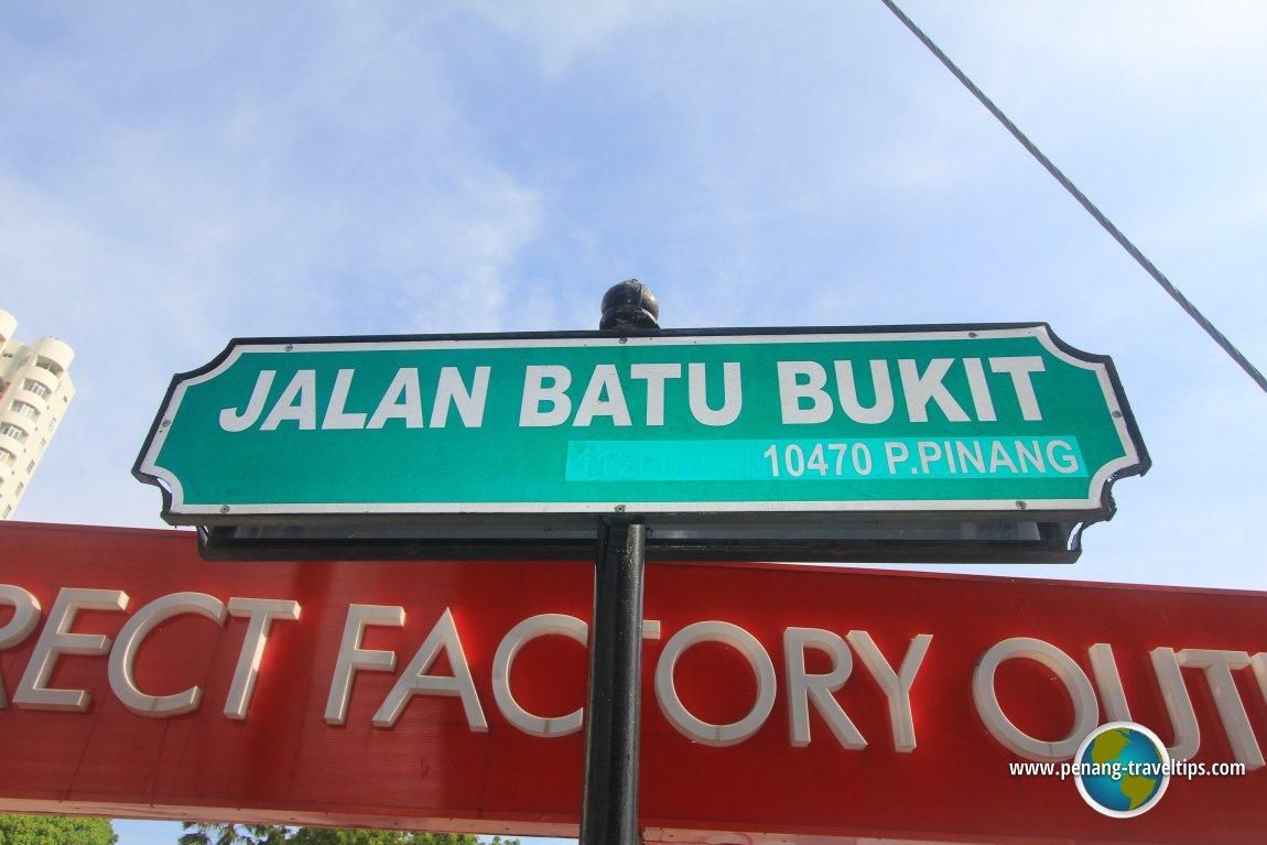 Jalan Batu Bukit road sign