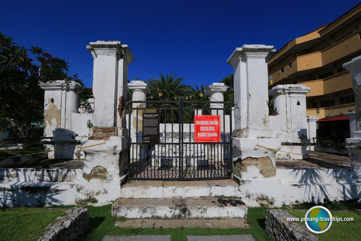 Kapitan Keling's Tomb