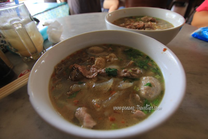 Kedai Kopi Lam Ah Gu Bak Koay Teow