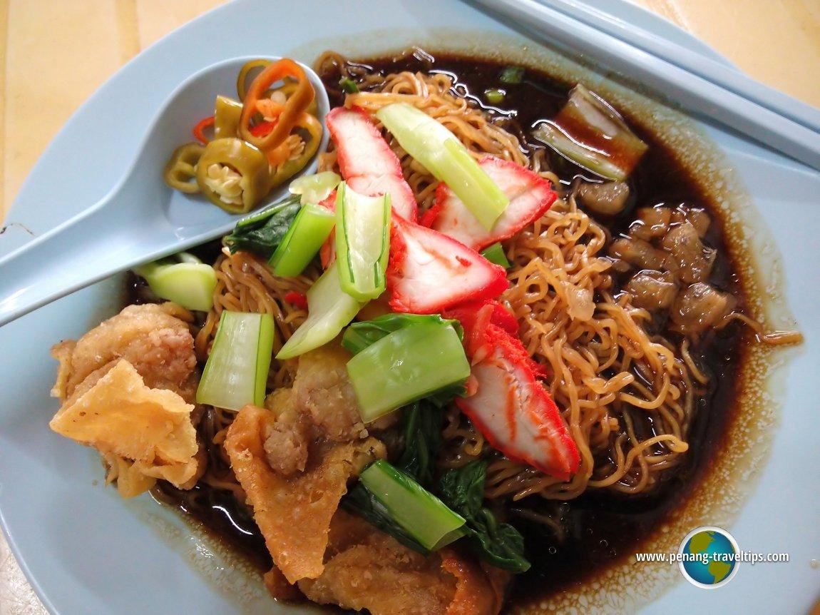 Wan Than Mee at Kedai Kopi Sin Kang
