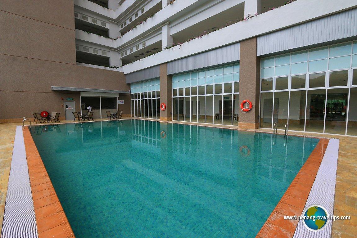 Lexis Swimming Pool
