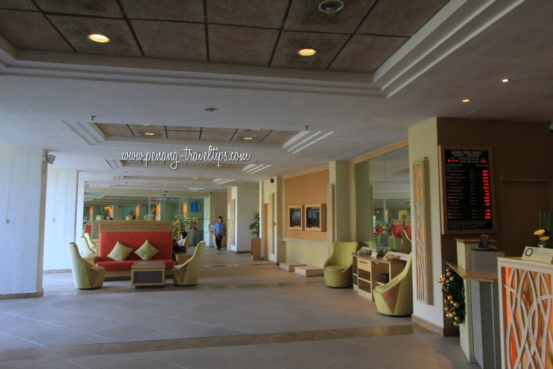Lounge at Golden Sands Resort