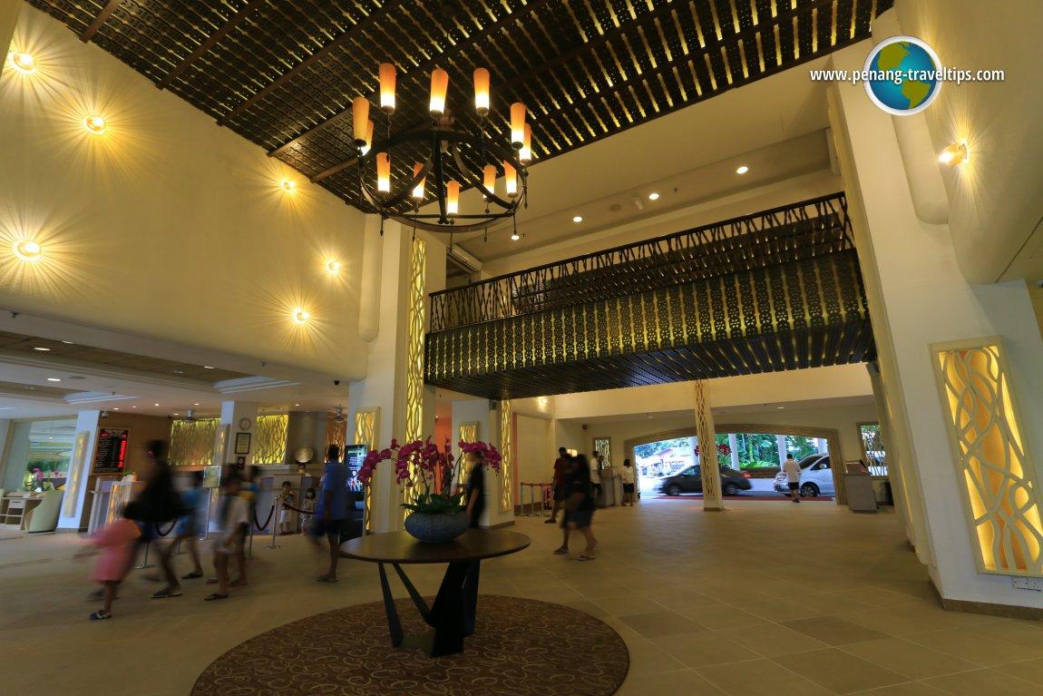 The lobby of Golden Sands Resort