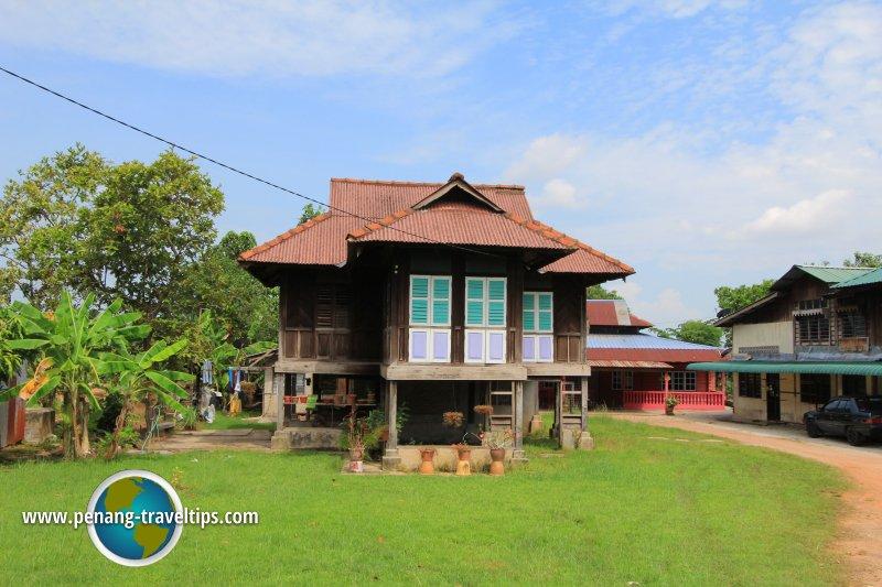 Malay house at Permatang Sungai Dua