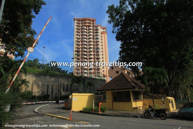 Mutiara Place Apartment, Island Glades, Penang