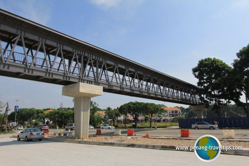 Pedestrian Bridge across Jalan Baru at Mydin Wholesale Hypermarket