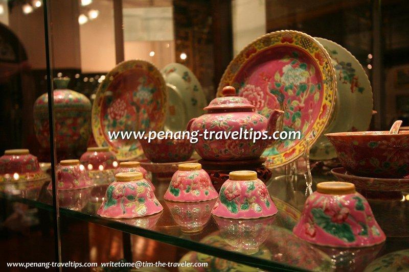 Nyonya porcelain ware