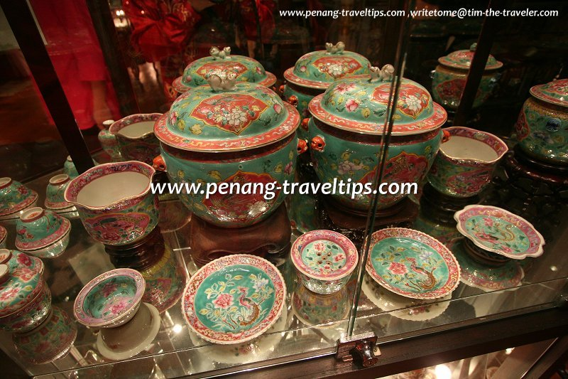Nyonya porcelain, though used by the affluent Baba Nyonyas, were mostly made in China