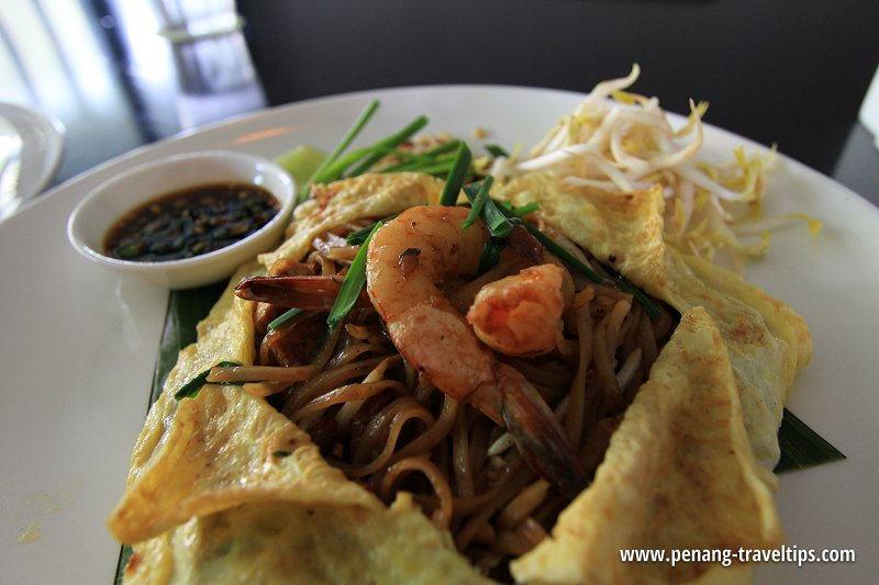 Pad Thai, GLOW Penang