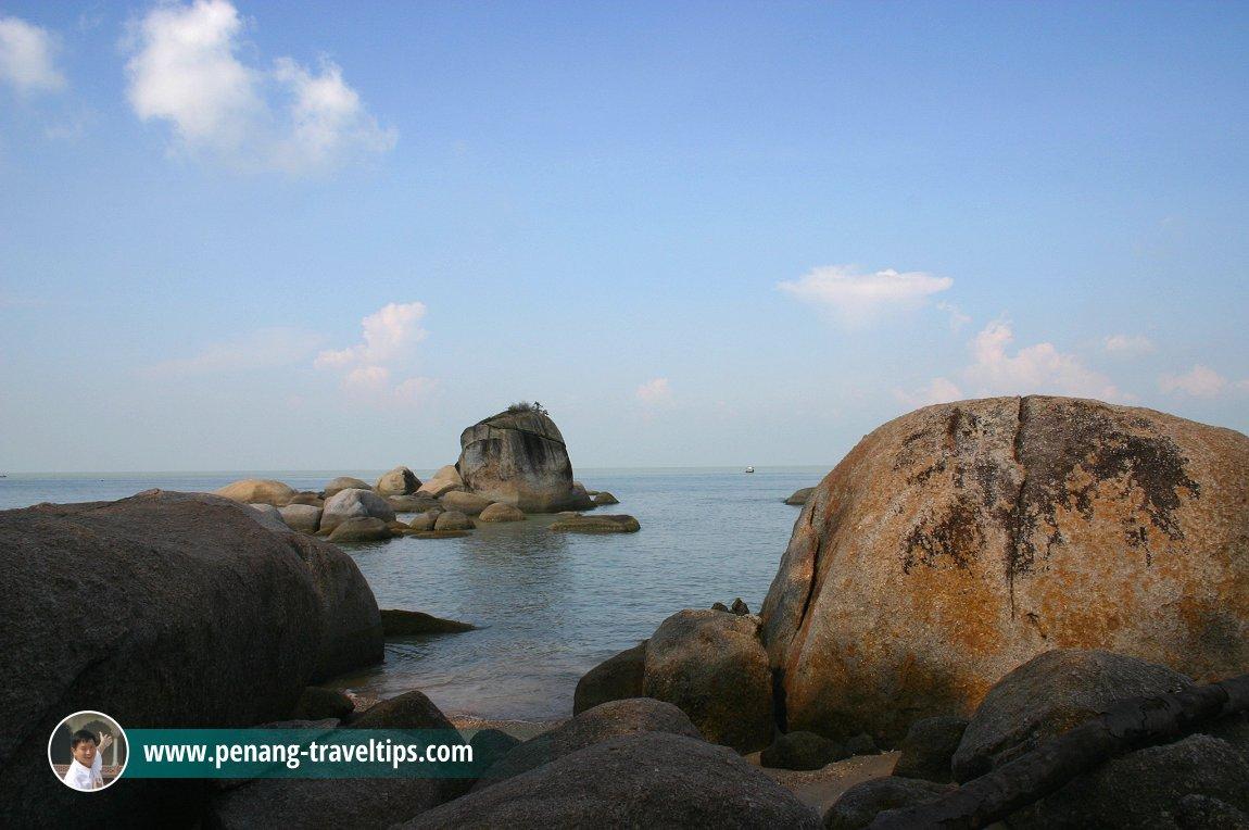 The seashore boulders at Permatang Damar Laut