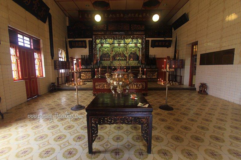 Prayer Hall, Yap Temple