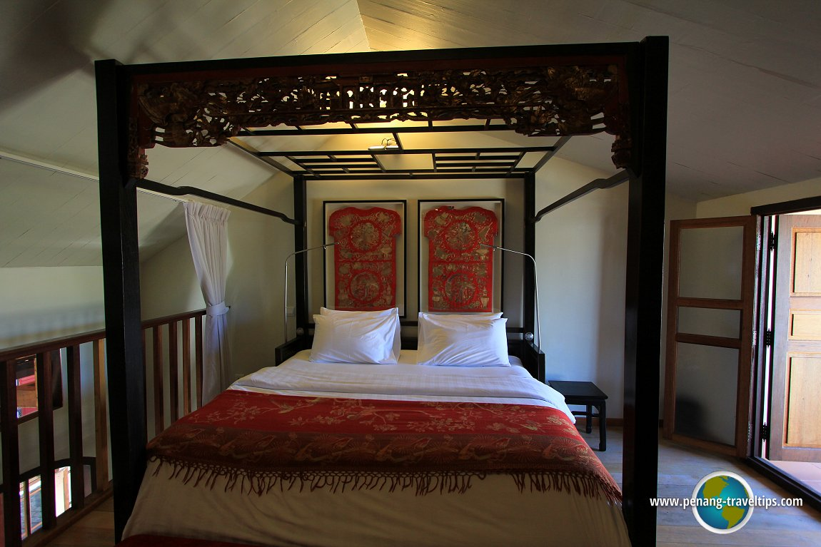 A four poster bed at Seven Terraces