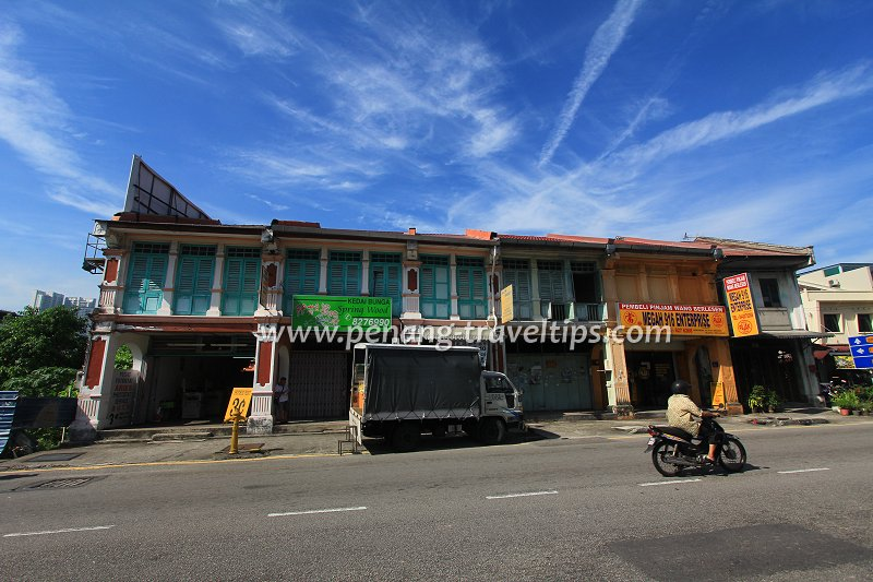 Straits Eclectic shophouses in Kampung Baru, Air Itam