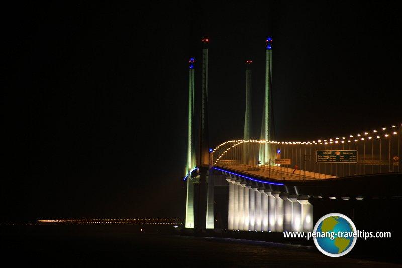 Second Penang Bridge all lit up
