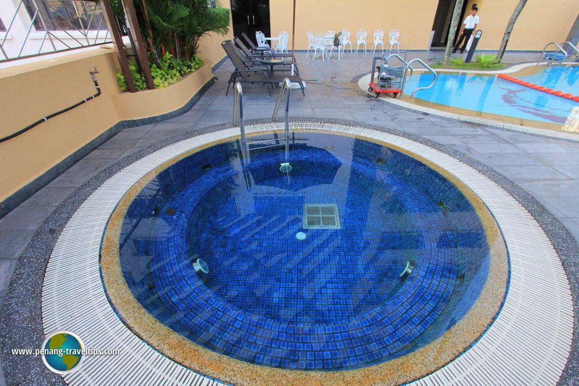 Sunway Hotel whirlpool