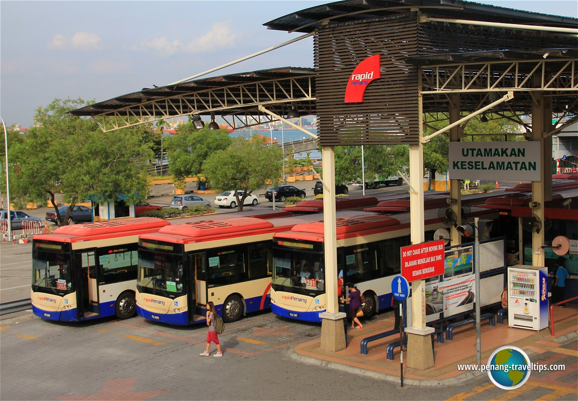 Taking the bus to sightsee Penang