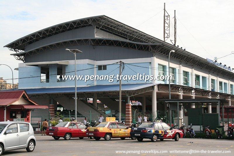 Taxis at the Sungai Nibong Express Bus Terminal