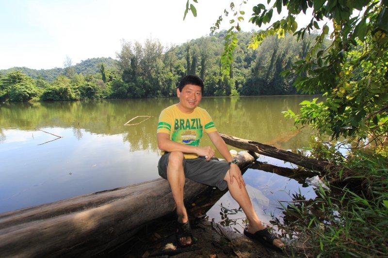 Tim at Tasik Teluk Bayu