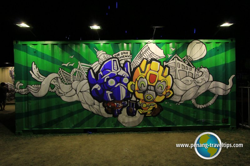 Transformers Street Art, Esplanade