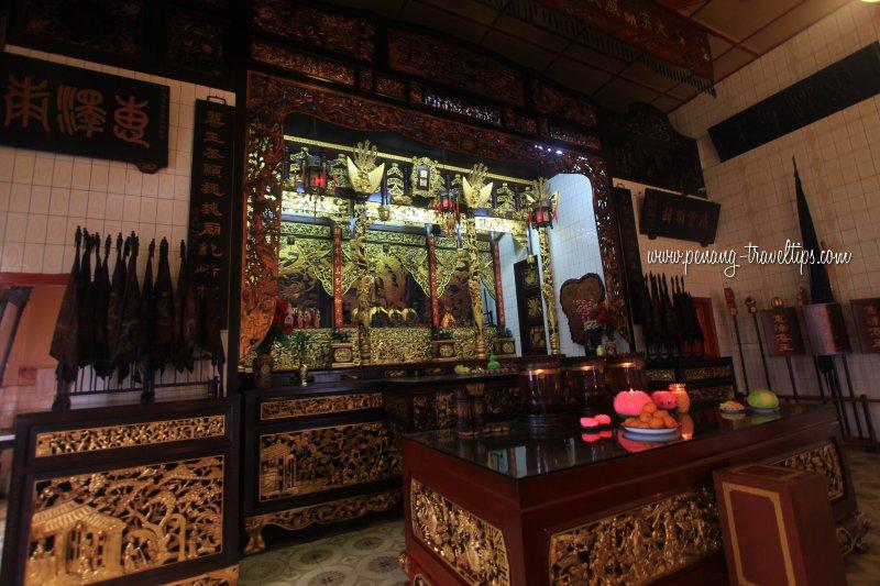 Yap Temple interior