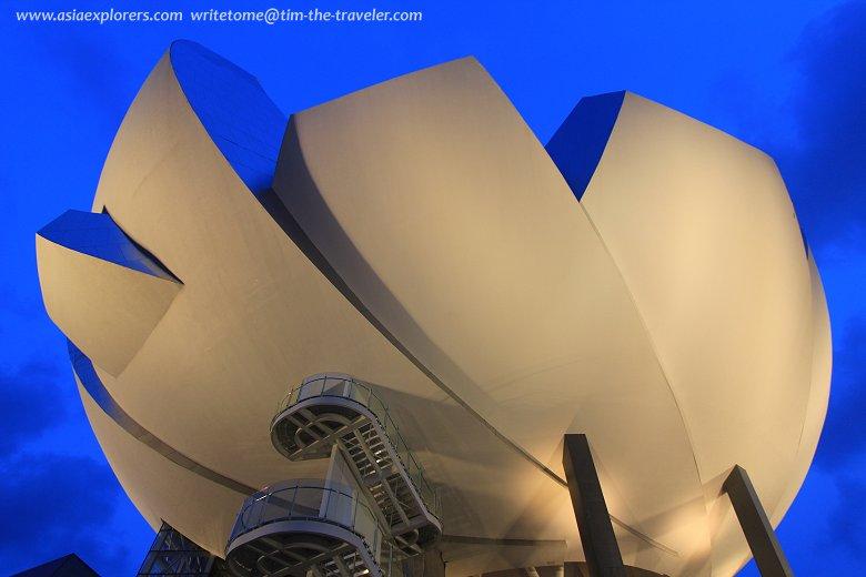 ArtScience Museum at dusk
