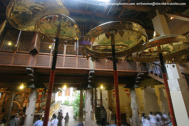 Brass parasols, Temple of the Sacred Tooth Relic