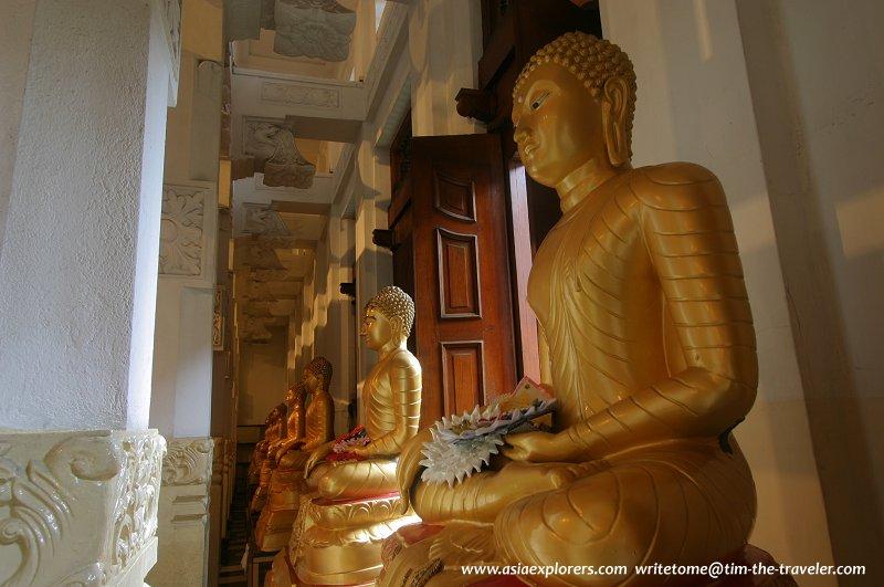 Buddha statues at the prayer hall